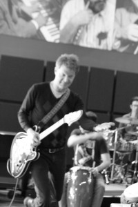 Nels Cline jamming out at Music University